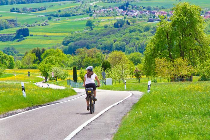 u0ut0-germany-bike-highway-lg.jpg
